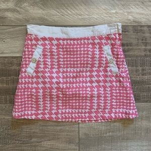 Pink houndstooth print skirt